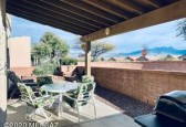 531 W Parkwood Court, Green Valley, AZ 85614